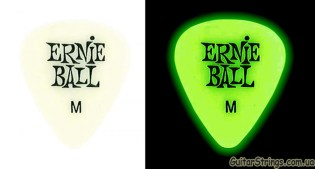 ernie_ball_9225_medium_glows_comparison_900